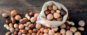 Орехи при простатите