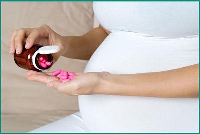 Прием таблеток беременной женщиной