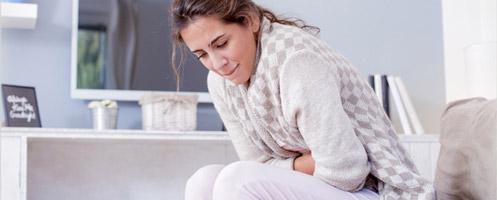 Как быстро снять боль при цистите и облегчить его симптомы у женщин в домашних условиях