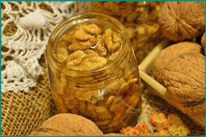 Грецкие орехи в меде для потенции
